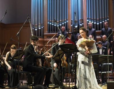 Журнал «Музыкальная жизнь»: Архивные божества и ирреальная современность Юлии Лежневой