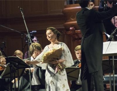 Портал «Ревизор»: Юлия Лежнева: прогулка с Моцартом